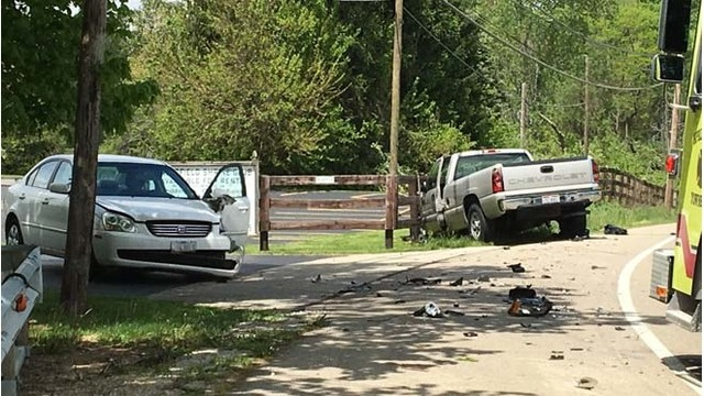 2 people taken to hospitals after Clark County crash