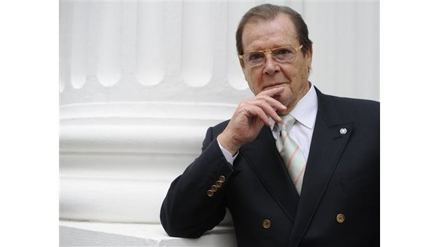 Roger Moore_246216