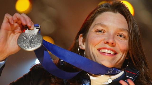 Central Ohio school nurse tells students about winning Olympic medal