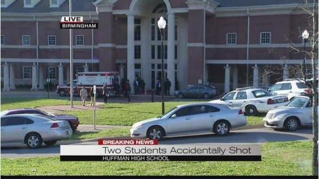 1 student dead, 1 in critical condition after shooting at Alabama High School