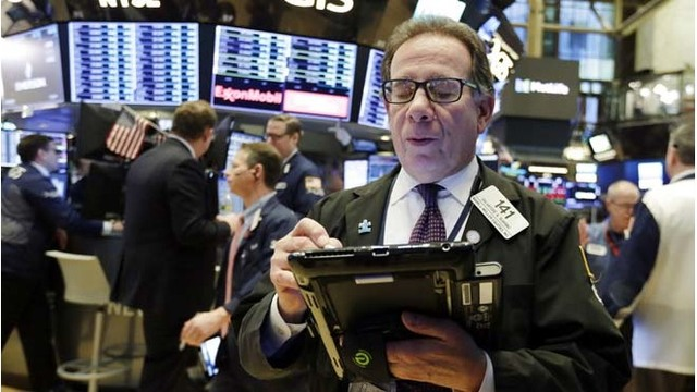 Stocks recover as trade tensions ease amid compromise hopes