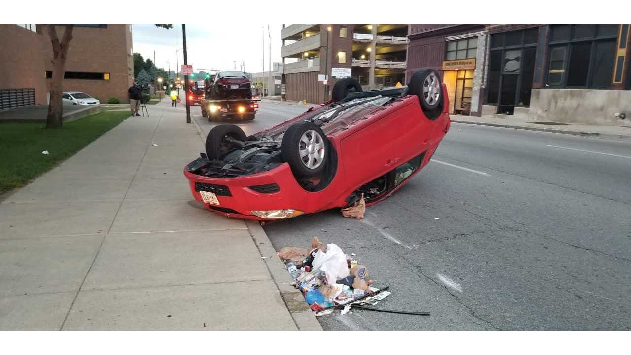 Vehicle runs red light, triggers 3-vehicle crash in Springfield - WDTN
